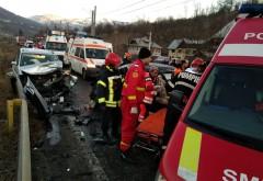 Accident cu descarcerare la Comarnic. 5 persoane transportate la spital, una in stare grava/ GALERIE FOTO