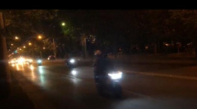 In atentia Politiei: Au reinceput cursele de masini si motociclete pe Bulevardul Castanilor