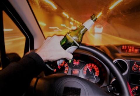 Beat, inconstient, dar cinstit! Un barbat din Campina s-a dus baut la Politie sa reclame accidentul pe care tocmai il provocase