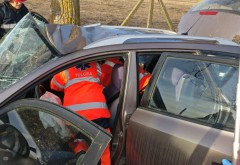 Accident grav la Albesti, in intersectia DN1B cu DN1D. O persoana INCARCERATA