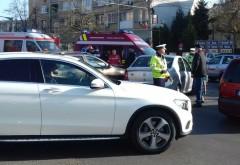 Accident cu trei mașini, luni dimineață, în centrul Ploieștiului, zona LMV. Circulația a fost aproape blocată pe Bd. Independenței