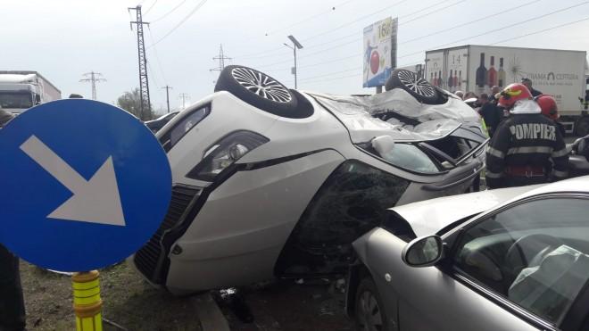 Accident cu 5 masini pe DN1, la intersectia de la Buda