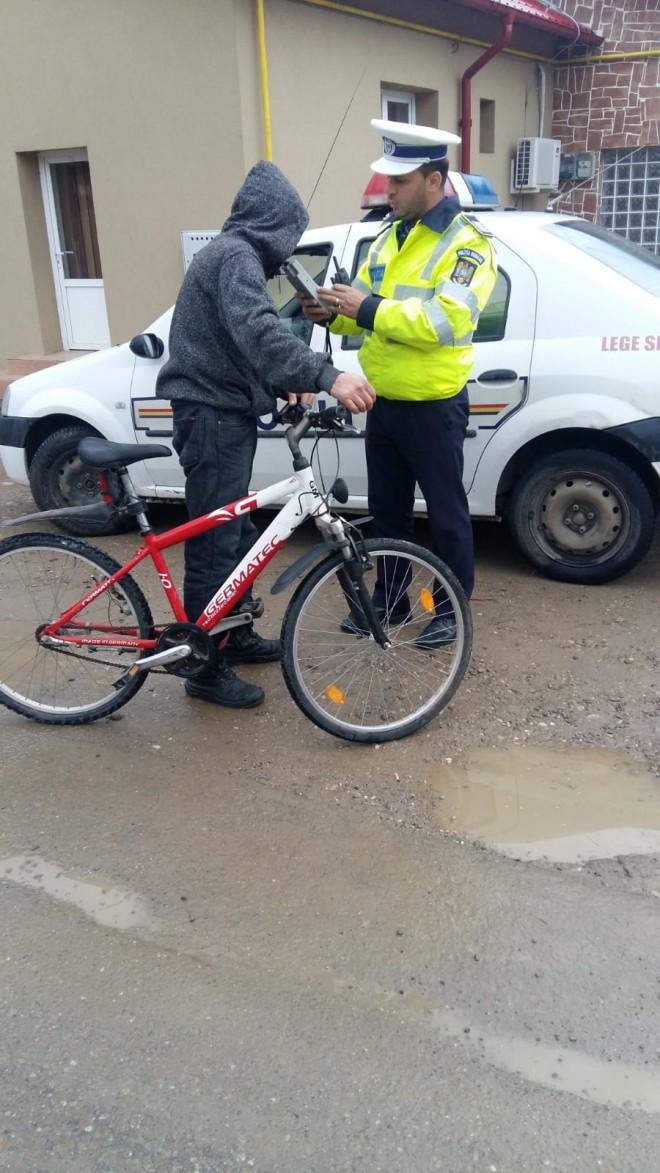 Acțiuni informativ-preventive miercuri, în rândul bicicliștilor. Pentru cei depistați băuți, toleranță zero