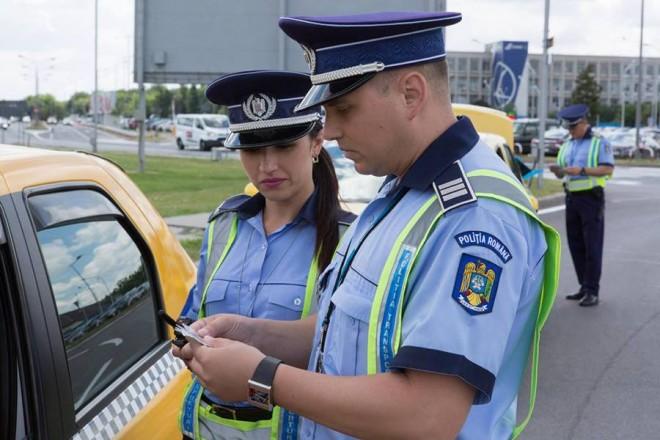 """Taximetristii din Ploiesti au fost opriti de politisti. Doi dintre ei au ramas """"fara paine""""!"""