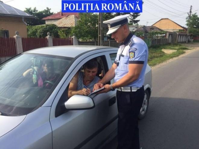 Toate neregulile posibile, depistate de politisti la un sofer din Prahova