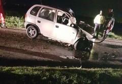Accident MORTAL in Prahova, la Nedelea. Un tanar de 27 de ani a murit pe loc dupa ce a intrat cu masina in copac