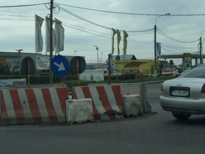 """""""Giratoriul ruşinii"""" de la ieşirea din Ploieşti ar putea fi modernizat de Ministerul Transporturilor"""