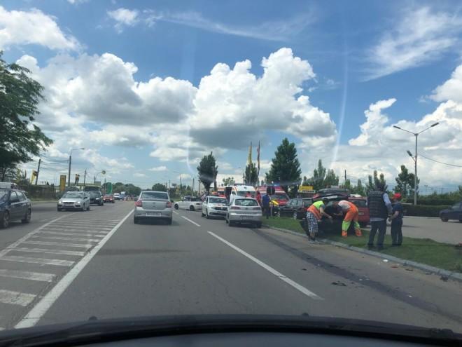 Accident in Ploiesti, zona Bereasca. Doua soferite implicate