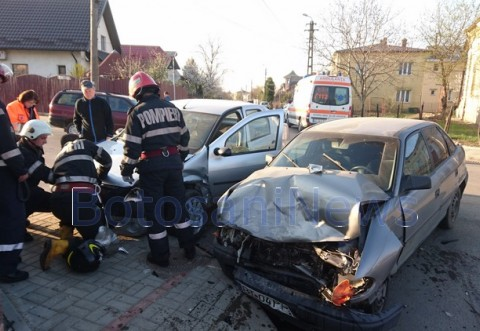 Accident in Ploiesti, lin intersectia strazilor Udriste Nasturel si Rosiori