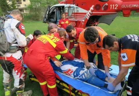 Accident grav in comuna Sirna. Un motociclist, in stare grava. Aterizeaza elicopterul SMURD