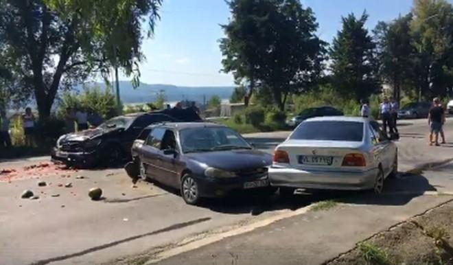 Accident la Gageni. Trei masini implicate
