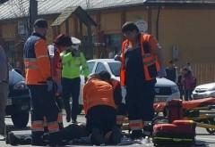 Accident in curtea Bisericii Sf. Vasile din Ploiesti. O batrana de 83 de ani a lovit cu masina un batran de 82