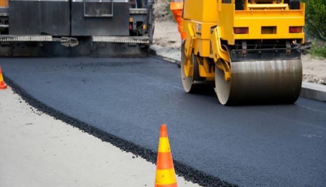 Atentie, soferi! Se efectueaza lucrari de asfaltare pe DN1