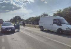 Accident la Loloiasca. Un tanar a fost lovit de masina cand traversa DN1B