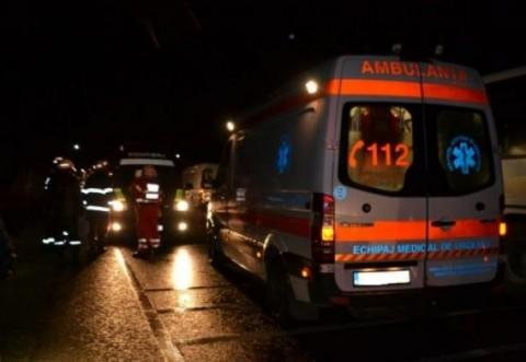 Accident la Barcanesti. Un barbat a fost spulberat de masina si se afla in coma. Soferul a fugit de la locul faptei
