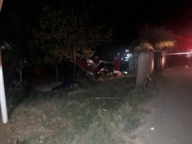 Accident mortal azi nopate, la Moara Noua. Un tanar de 23 de ani a decedat