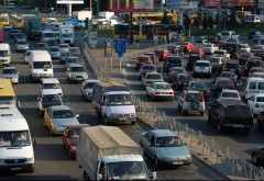 Prahovenii cu masini Euro 1, Euro 2 si non-Euro nu mai pot intra in centrul Bucurestiului. In celelalte zone vor plati vinieta