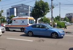 Accident in cartier Albert. Un bibiclist a fost spulberat de o soferita neatenta