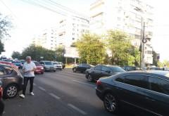 Accident in Bariera Bucuresti. Un pieton a fost lovit de masina. Coloana pe sensul spre Gara de Sud