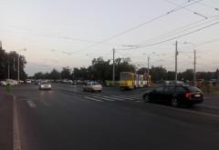 Accident in Ploiesti, zona Baraolt. O masina a fost lovita de tramvai