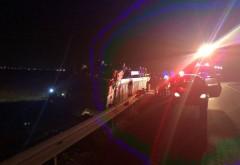 Accident pe DN1, la Paralela 45. Un camion s-a rasturnat dupa impactul cu un autoturism