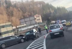 Accident grav in Sinaia, langa Mefin. Doua masini s-au facut praf, o victima