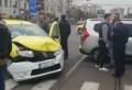 Accident in Ploiesti: Un taxi care transporta doi copii, spulberata de un sofer de 73 de ani care nu a acordat prioritate