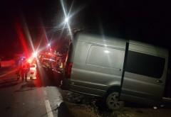 Microbuz cu 37 de muncitori, implicat într-un accident în Prahova, la Aricestii Rahtivani