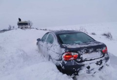 Atentie, soferi! Coloana de masini pe DN1 (Valea Prahovei) si drumuri inchise din cauza zapezii