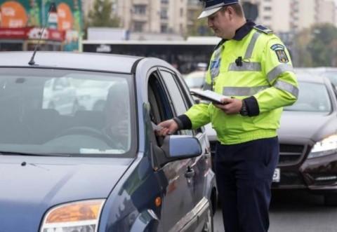 Atenţie, şoferi! Poliţiştii rutieri vor avea camere video şi vor înregistra toate discuţiile când veţi fi opriţi în trafic