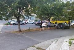 Accident stupid in zona Caraiman. Un vitezoman a ajuns cu masina pe scuarul de pe mijlocul drumului