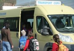 Accident in Ploiesti, pe strada Zidari. Impact puternic intre un microbuz care transporta elevi si un autoturism