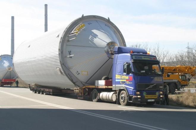 Un transport agabaritic va trece maine prin Prahova. Trafic BLOCAT in anumite zone