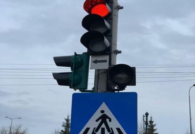 ATENTIE, soferi! A redevenit functional semaforul de la Kaufland Vest
