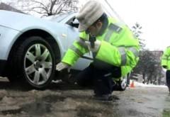 Atenție, șoferi! Codul rutier 2020 prevede amenzi, chiar dacă ai anvelope de iarnă. Când poți fi sancționat