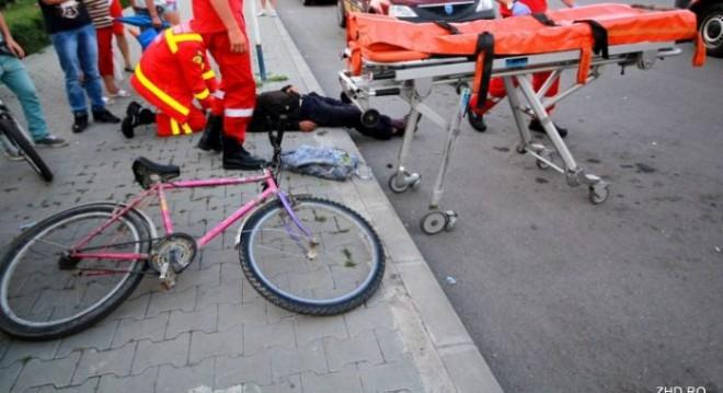 Accident rutier mortal în Prahova. Şoferul a fugit de la locul accidentului, dar a fost depistat de oamenii legii