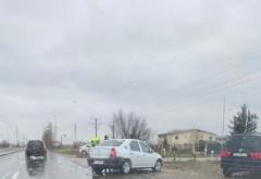 Accident grav la iesire din Ploiesti, langa giratoriul suspendat. Un muncitor care amenaja o trecere pentru pietoni, lovit grav de masina