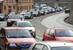 Avertisment de la Centrul INFOTRAFIC: se circulă în coloană pe Valea Prahovei. Rute alternative
