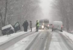 Drumurile judetene din Prahova, pericol pentru soferi! Mai multe masini au iesit in decor