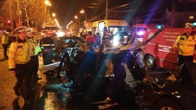 Accident grav in Ploiesti, pe strada Marasesti. 3 masini implicate, un copil a fost proiectat prin geam!