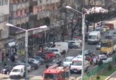 Accident pe Bd. Republicii, zona Mega Image. Circulatia tramvaielor, BLOCATA pe sensul spre centru