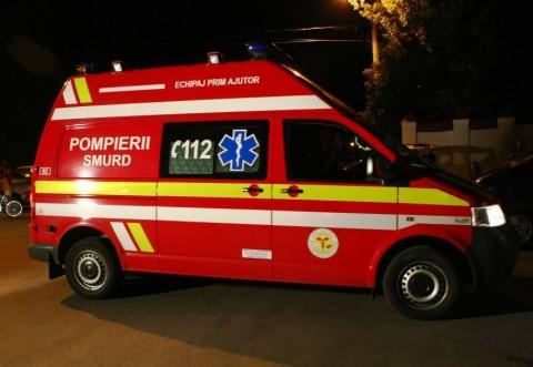 Accident in Ploiesti, vineri noaptea. Doi soferi in varsta de 20 de ani au reusit sa distruga 4 masini, pe strada Rudului