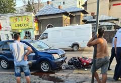 Accident grav cu un motociclist si o masina, in Ploiesti, zona Mega Image-Hale
