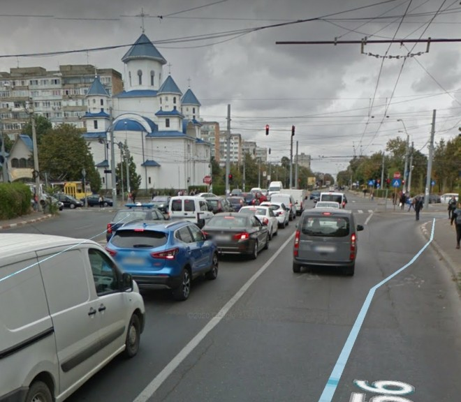 Accident in Ploiesti: pieton lovit de masina pe Catacuzino, langa Jandarmerie.Trafic blocat