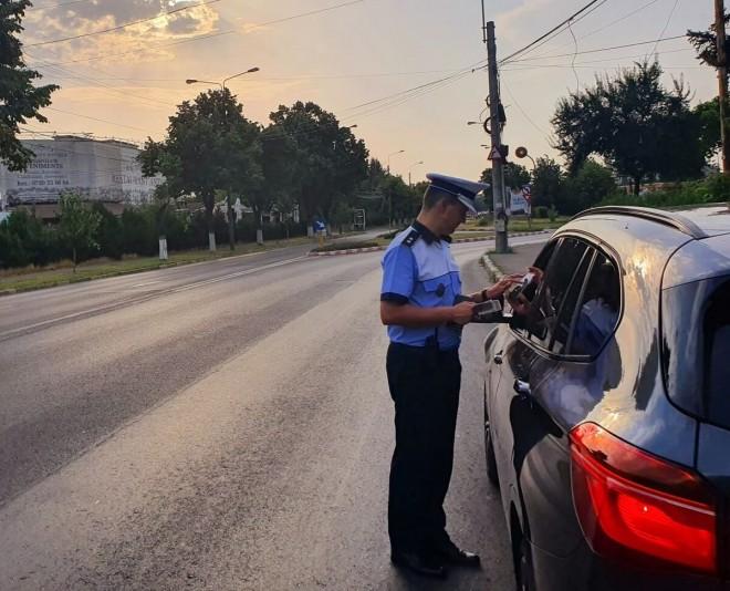 Actiune de amploare a Politiei, in mai multe orase din judet. Amenzi de aproximativ 40.000 de lei