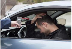 Ploiesti/ Drogati si beti la volan. Politia continua sa gaseasca in trafic cretini care se urca zob la volan