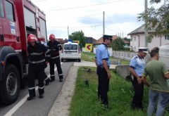 Accident la Bucov. O autoutilitara condusa de un tanar de 20 ani s-a izbit de un cap de pod