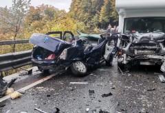 Accident înfiorător pe DN1, la Posada. Un bebeluş a ajuns la spital, soferul a fost gasit inconstient