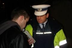 Prahovean prins de poliţişti cu o alcoolemie IMENSĂ la volan