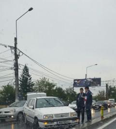 ACCIDENT pe DN1. O maşină a poliţiei a fost implicată în incident